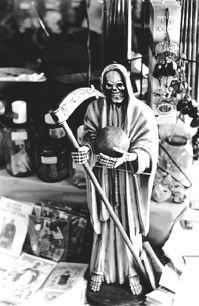 Estatua de la Santa Muerte disgusta a vecinos en un pueblo mexicano